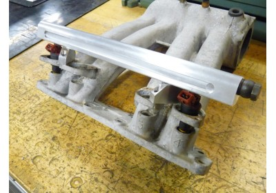 custom 8V fuel rail